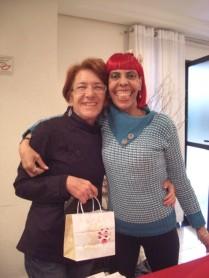 Chá da tarde com bazar - Dora & Mari Rossi 5.out.2013