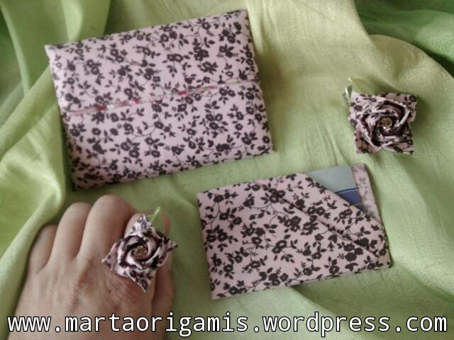 Porta lenços, porta cartões, porta RG e documento do carro &  anéis, confeccionados com a técnica orinuno, origami em tecido.